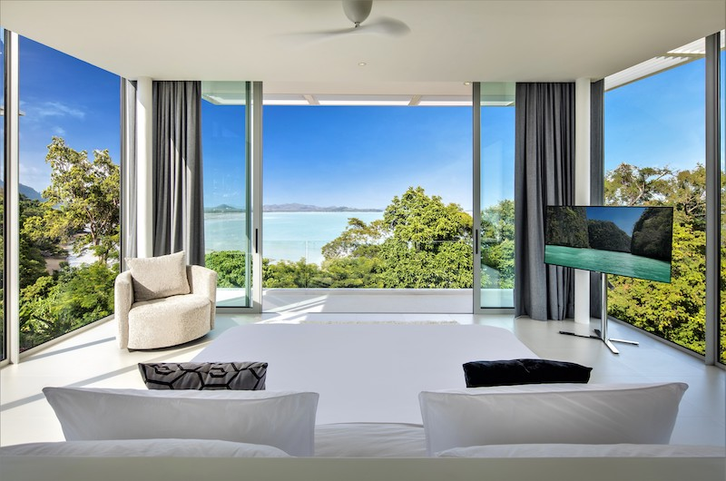 Villa Assava Master Bedroom with Seating | Cape Yamu, Phuket