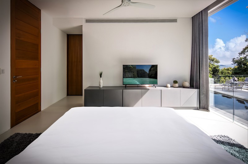 Villa Assava Bedroom with TV | Cape Yamu, Phuket
