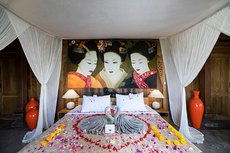 Alami Boutique Villas Six Bedroom Bed | Tabanan, Bali