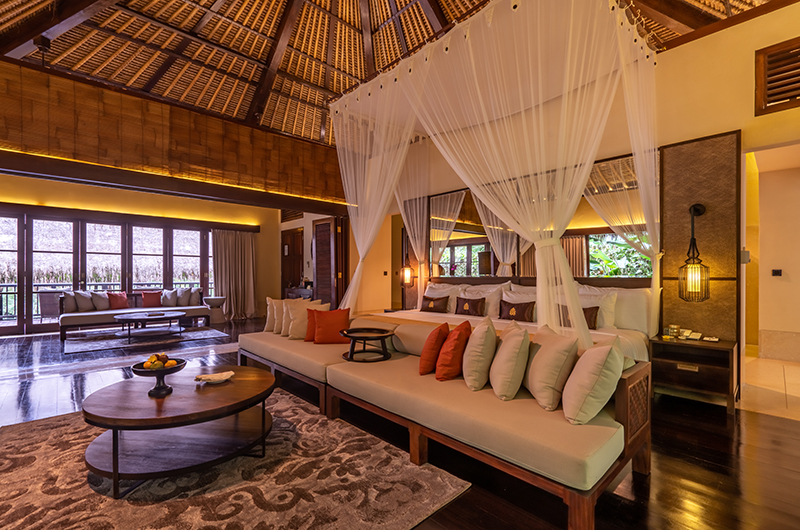 Hidden Palace Master Bedroom with Seating | Ubud, Bali