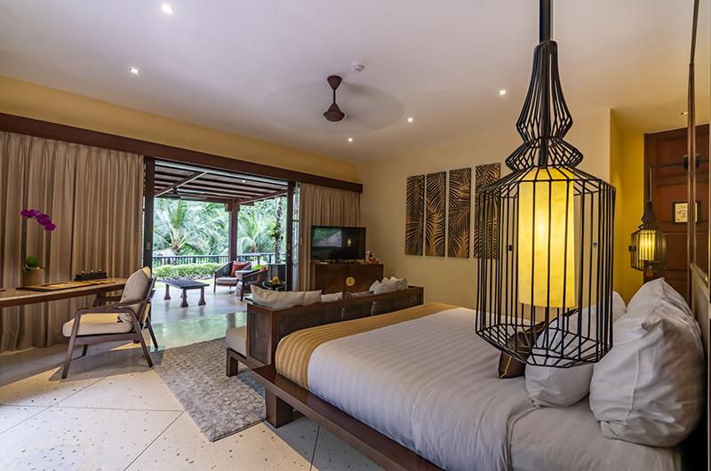 Hidden Palace Spacious Bedroom | Ubud, Bali