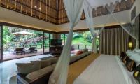 Hidden Palace Bedroom | Ubud, Bali