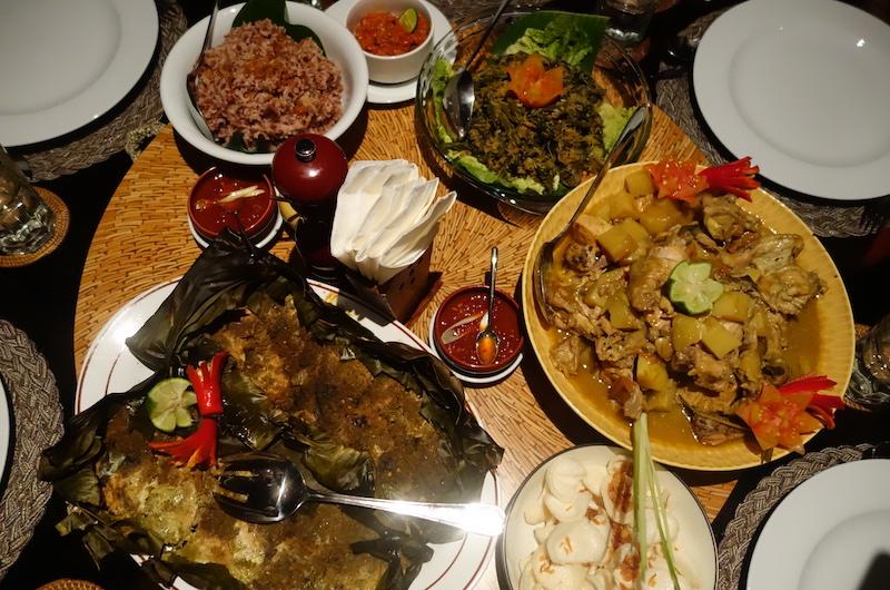 Bali Jimbaran Villa Impian Manis Dinner