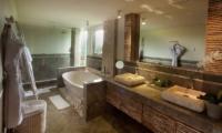 The Royal Purnama Anggrek Bathtub | Gianyar, Bali