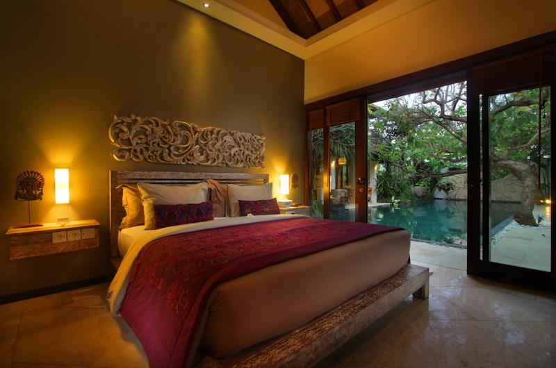 The Royal Purnama Anggrek Bedroom with Lamps | Gianyar, Bali