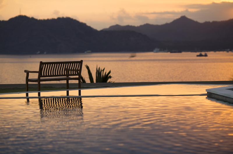 Villa Aamisha Seating | Candidasa, Bali