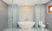 Villa Azure Bathtub | Seminyak, Bali