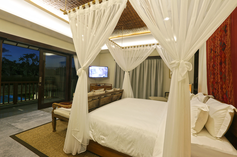 Villa Elite Cassia Bedroom Side with Seating | Canggu, Bali