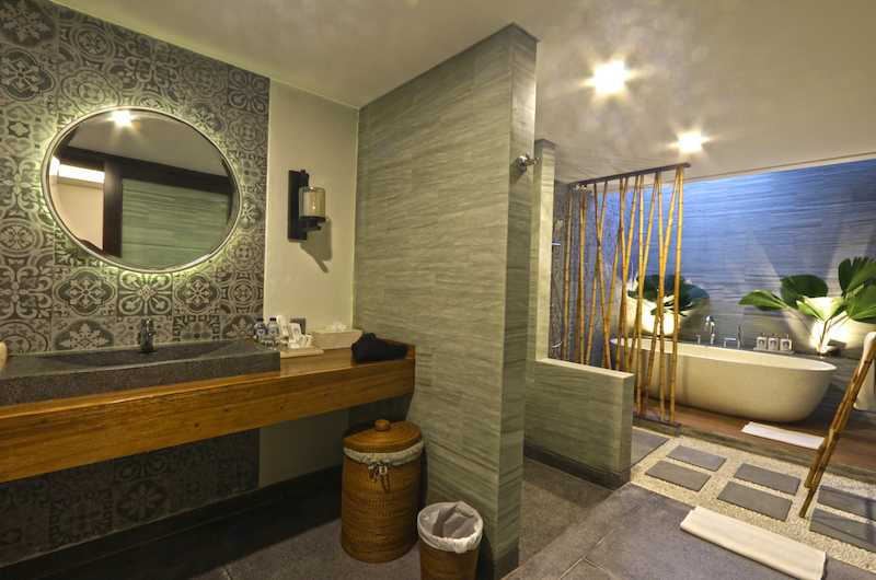 Villa Elite Cassia Outdoor Bathtub Area | Canggu, Bali