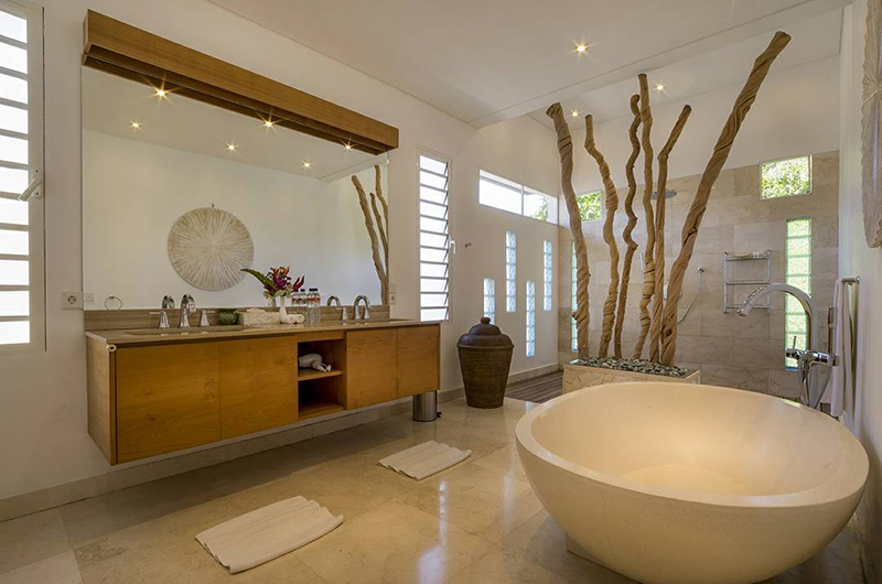 Villa Khajuraho Bathroom | Uluwatu, Bali
