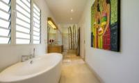 Villa Khajuraho Bathtub | Uluwatu, Bali