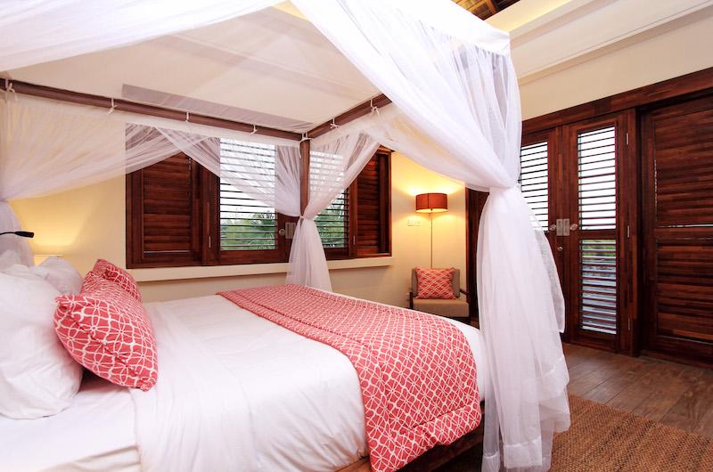 Villa Suar Tiga Bedroom with Four Poster Bed | Seminyak, Bali