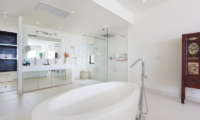 Villa Danisa Ensuite Bathroom | Choeng Mon, Koh Samui