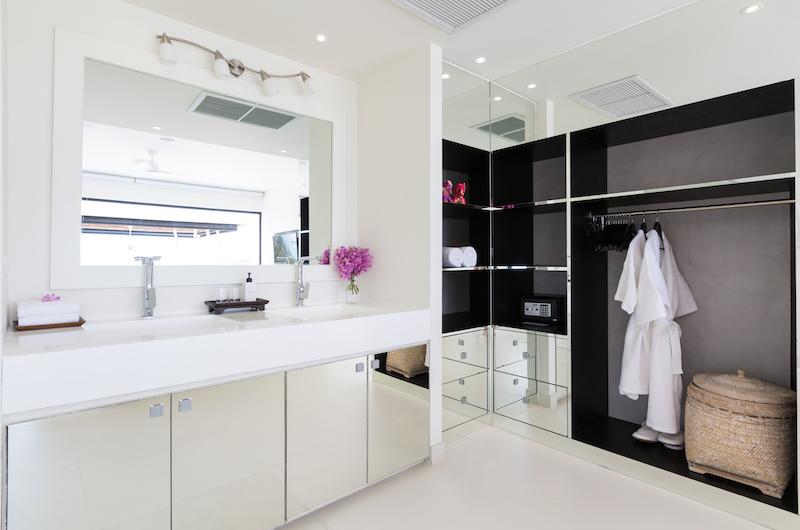 Villa Danisa Bathroom | Choeng Mon, Koh Samui