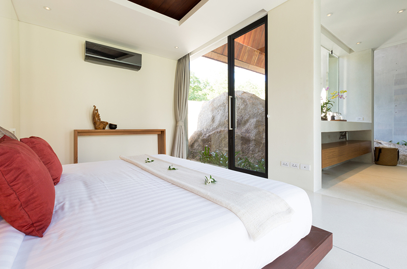 Villa Malabar Bedroom with Enclosed Bathroom | Laem Sor, Koh Samui