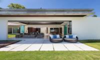 Villa Malabar Open Plan Living Area | Laem Sor, Koh Samui