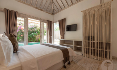 Edenia Villas Bedroom with TV | Gili Trawangan, Lombok