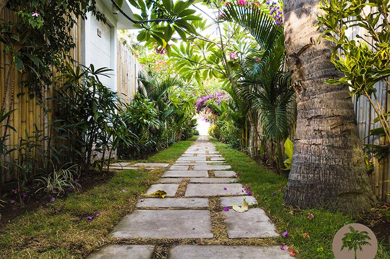 Edenia Villas Pathway | Gili Trawangan, Lombok