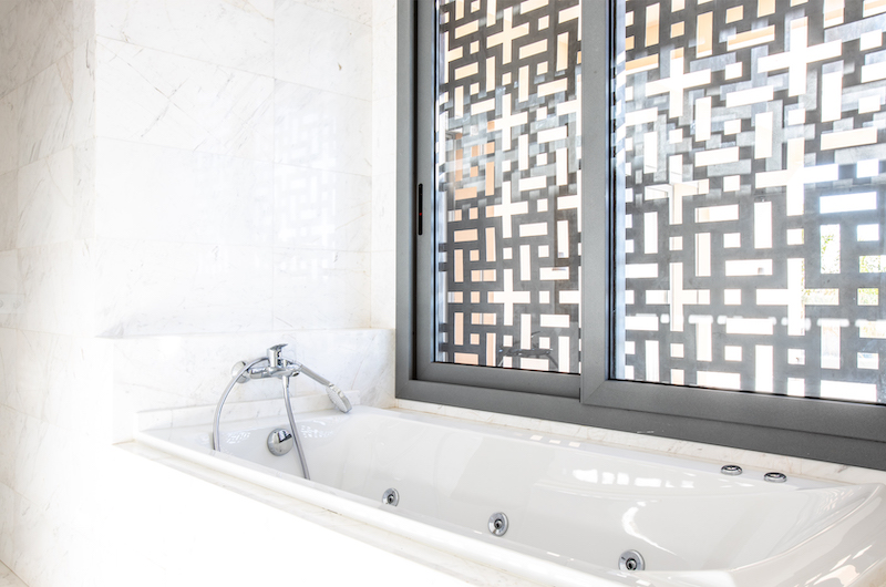 Villa Arteo Bathtub | Marrakesh, Morocco