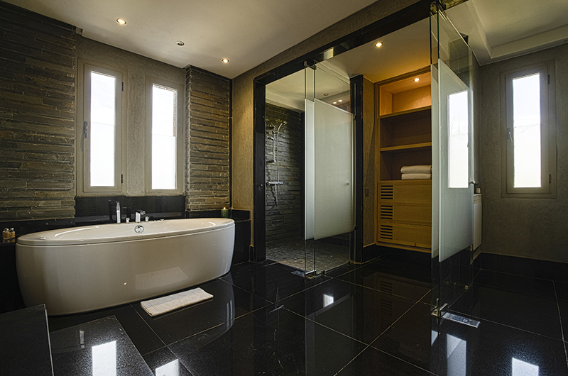 Villa Chamly 6 Bathtub Area | Marrakesh, Morocco