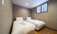 Mizuho Chalet Twin Bedroom | Hakuba, Nagano