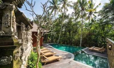 Adiwana Arkara Villas Infinity Pool with Sun Loungers | Ubud, Bali