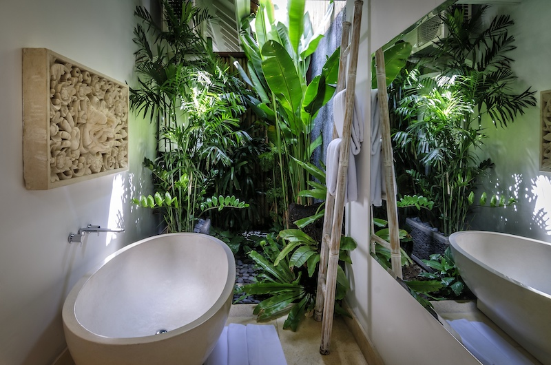 Hevea Villas Two Bedroom Villa Bathtub | Seminyak, Bali