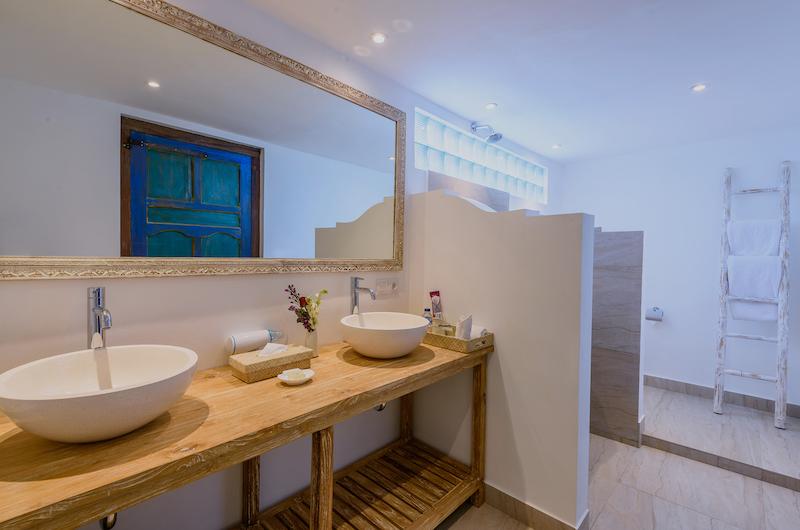 Hevea Villas Two Bedroom Deluxe Villa Bathroom Area | Seminyak, Bali