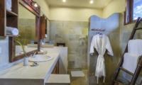 Hevea Villas Three Bedroom Villa Bathroom | Seminyak, Bali