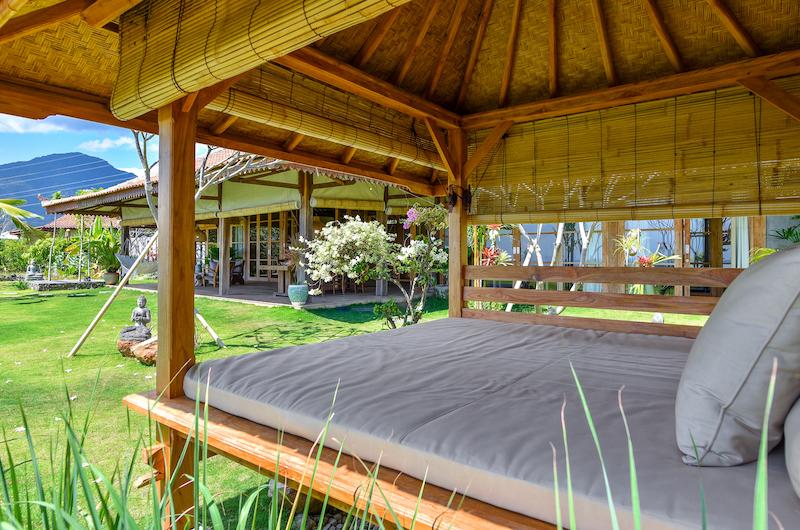 Sumberkima Hill Villas Villa Madoe Lounge   North Bali, Bali