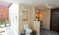 Villa Elite Mundano Shower Area | Canggu, Bali