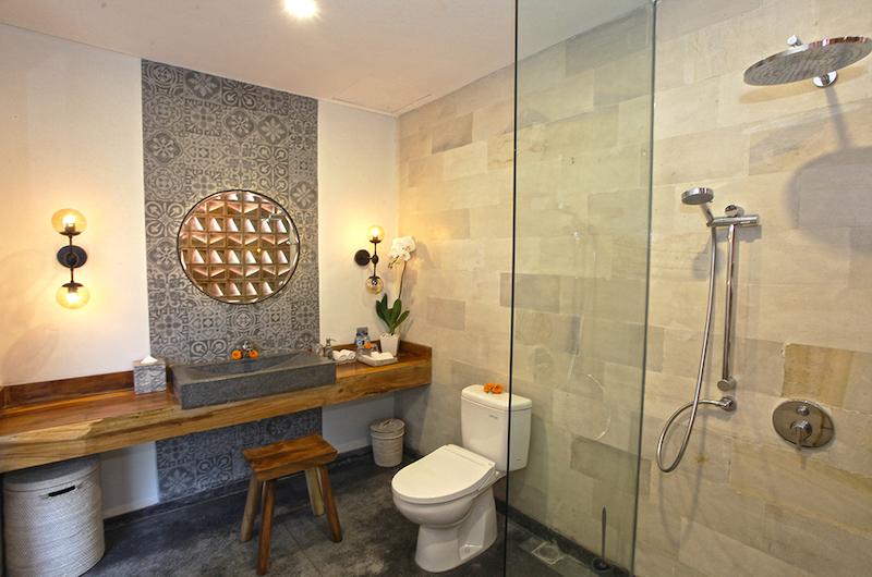 Villa Elite Mundano Shower | Canggu, Bali
