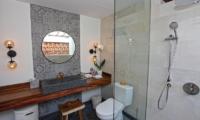 Villa Elite Mundano Bathroom with Shower | Canggu, Bali