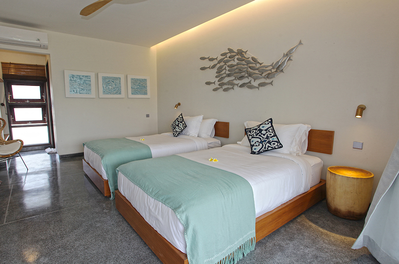 Villa Elite Mundano Twin Bedroom with Lamps | Canggu, Bali