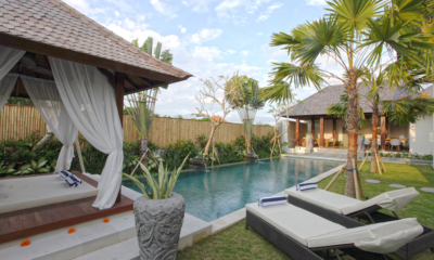 Villa Elite Mundano Pool Side Area | Canggu, Bali