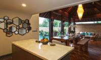 Villa Elite Mundano Dining Area | Canggu, Bali