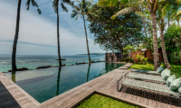 Villa Manis Beachfront Swimming Pool | Candidasa, Bali