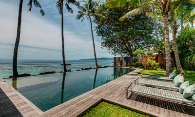 Villa Manis Beachfront Swimming Pool | Candidasa, Bali