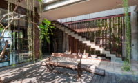 Villa Manis Beachfront Outdoor Seating | Candidasa, Bali