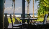 Villa Manis Beachfront Breakfast Area | Candidasa, Bali