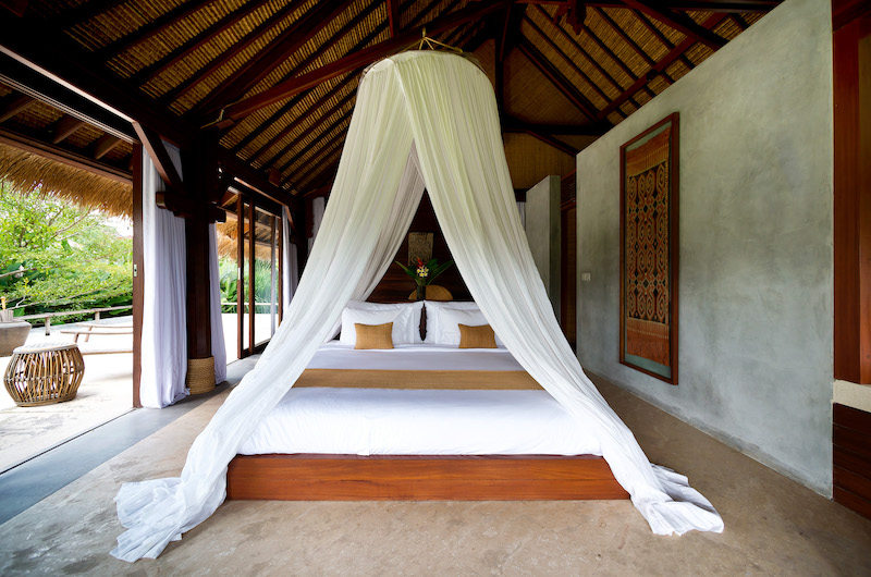 Villa Planta Guest Bedroom with Four Poster bed | Canggu, Bali