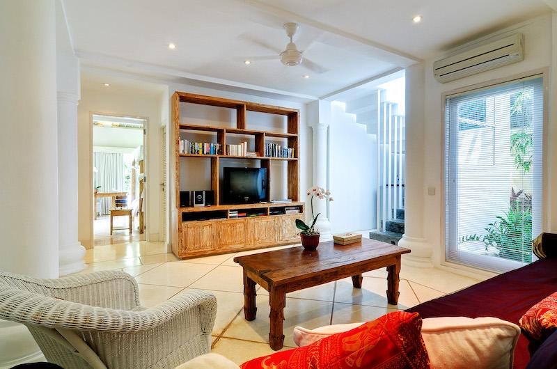 Villa Sipo Seating Area with Entertainment Unit | Seminyak, Bali