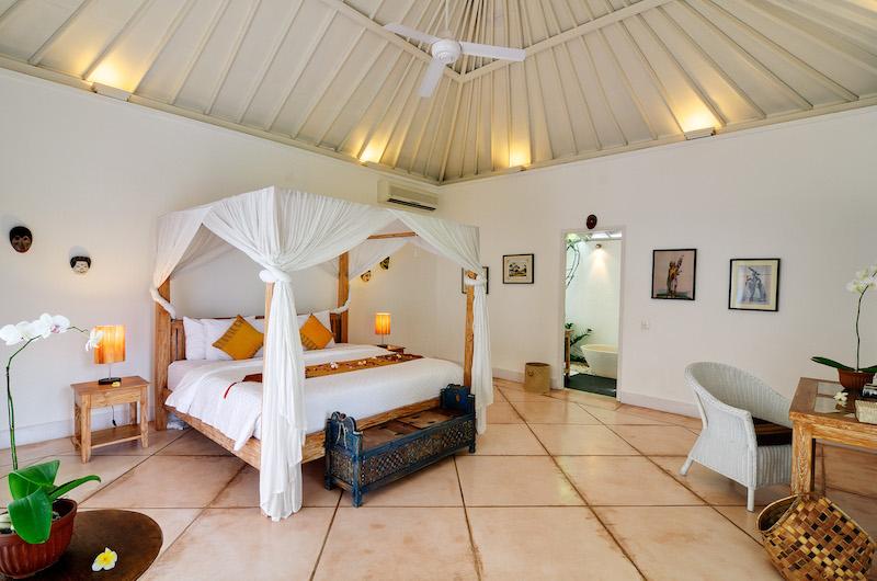 Villa Sipo Master Bedroom | Seminyak, Bali