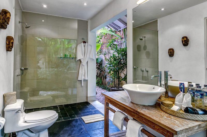 Villa Sipo Bathroom with Shower | Seminyak, Bali