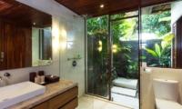 Villa Suar Empat Open Plan Bathroom | Seminyak, Bali