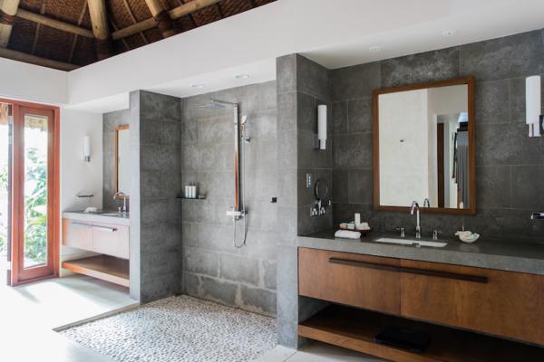 Kokomo Private Island Bathroom | Yaukuvelevu, Fiji