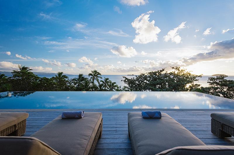 Villa Sunset Sun Deck | Yaukuvelevu, Fiji