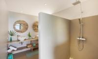 Comoon Villas Poda Bathroom | Chaweng, Koh Samui
