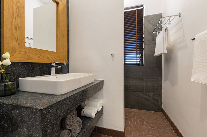 Lemongrass Residence Bathroom with Mirror | Bophut, Koh Samui