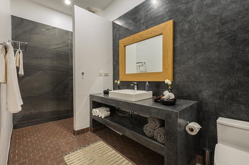 Lemongrass Residence Bathroom One | Bophut, Koh Samui